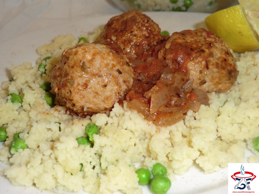 Csirkehúsgolyók zöldfűszeres szószban1