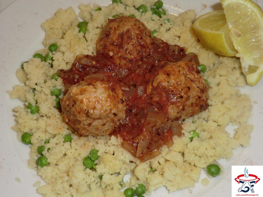 Csirkehúsgolyók zöldfűszeres szószban2