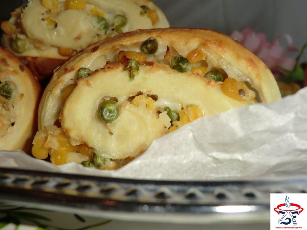 Kukoricás-borsós-sajtos párna1