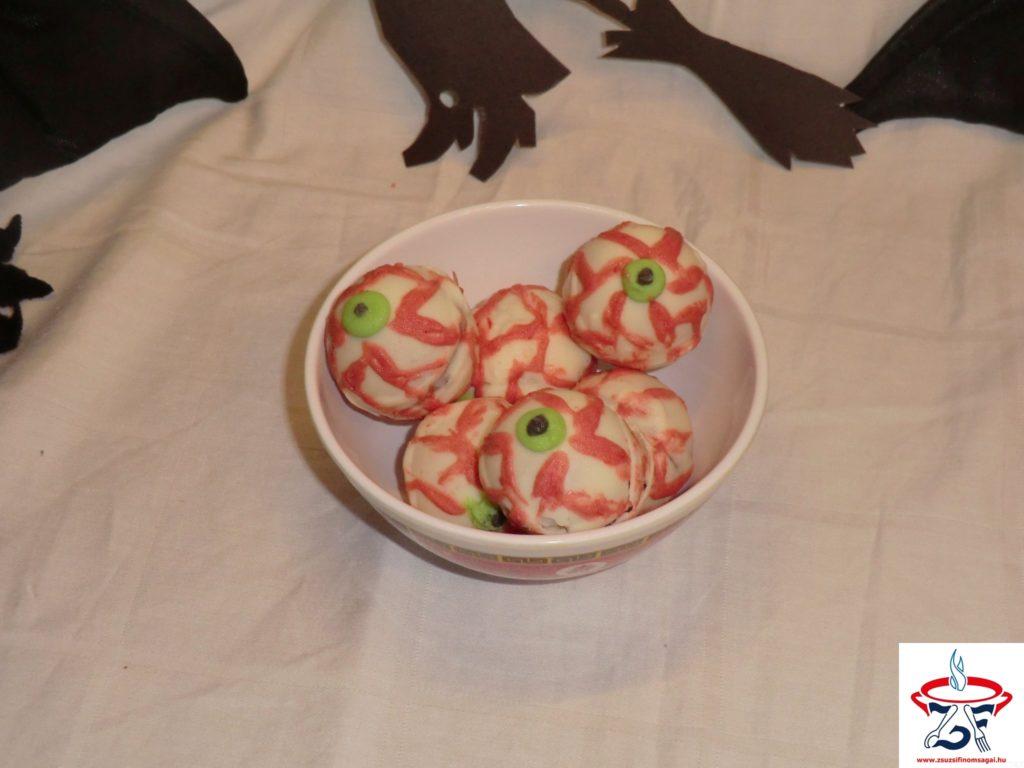 Rémisztő-szemgolyó-sütemény2