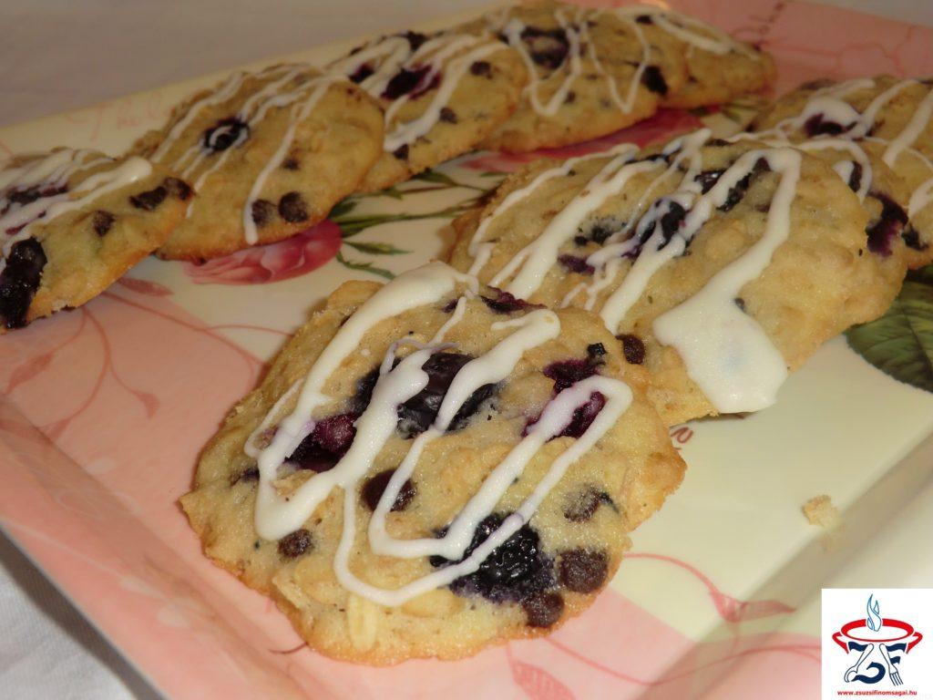 Áfonyás-zabpelyhes keksz1